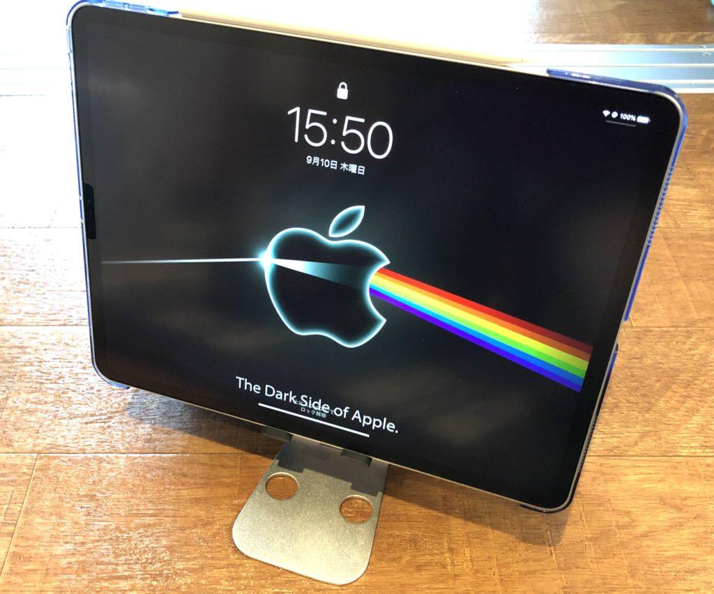 12.9インチのiPad Proでも倒れない安定感